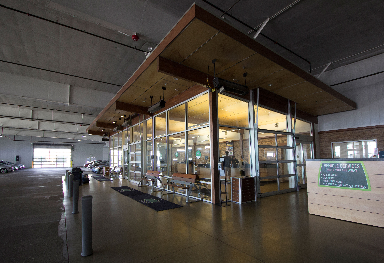 Canopy Airport Parking & Canopy Airport Parking | Parksmart